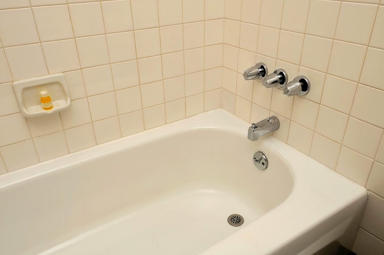 Реставрация чугунной ванной