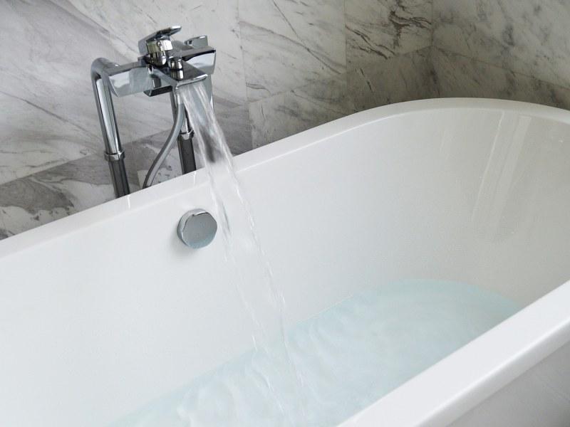 Варианты по отбеливанию ванны