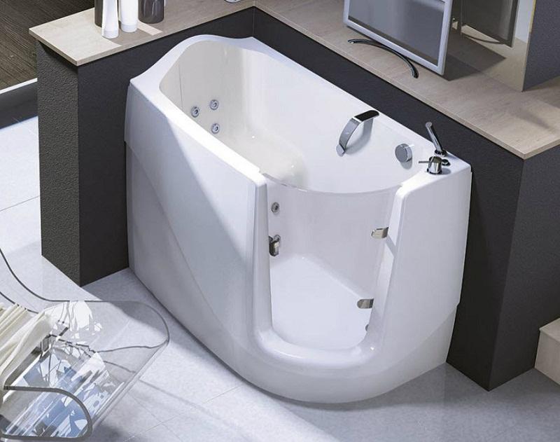 ванна в санузел